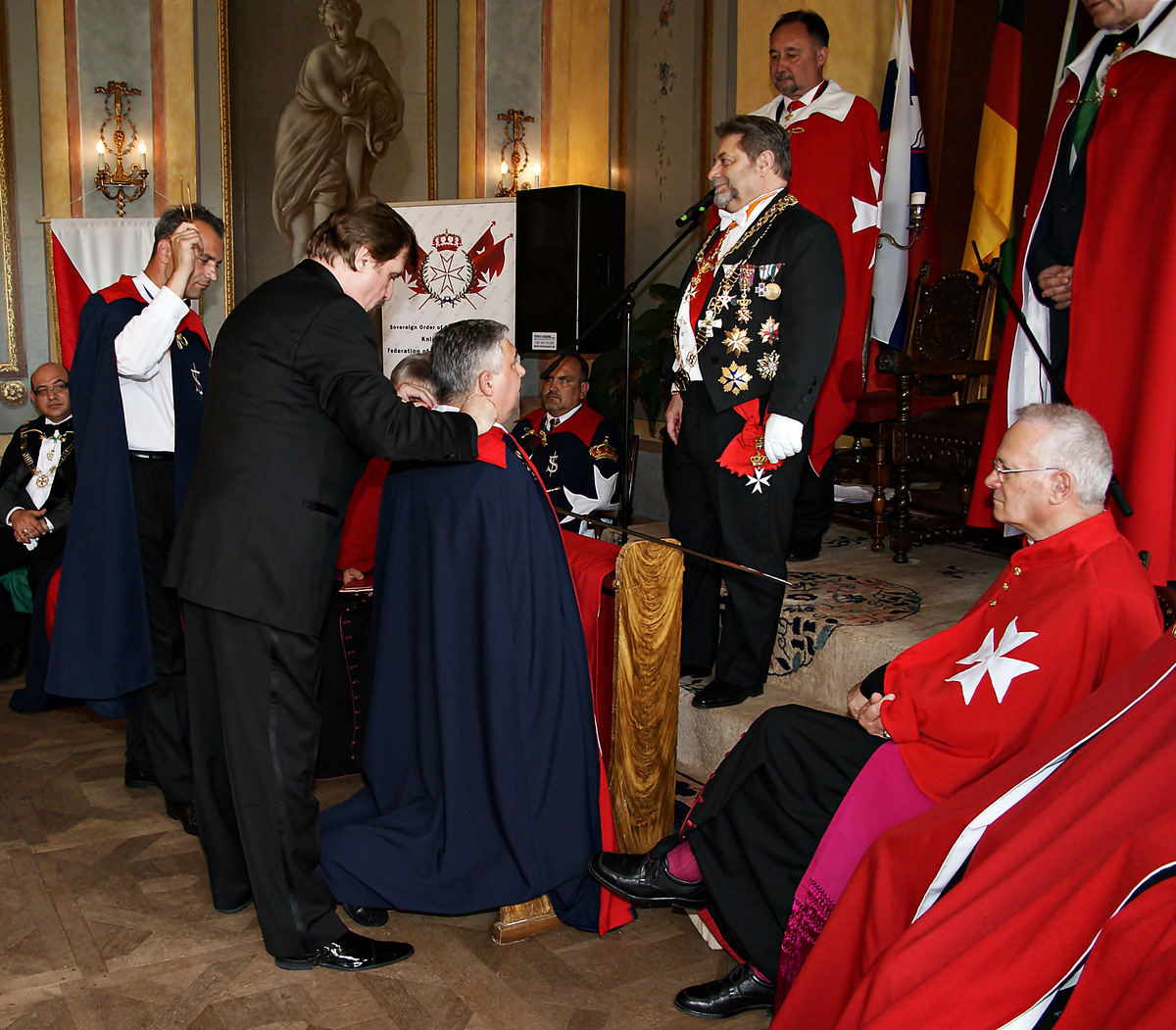 how to become a member knights of malta